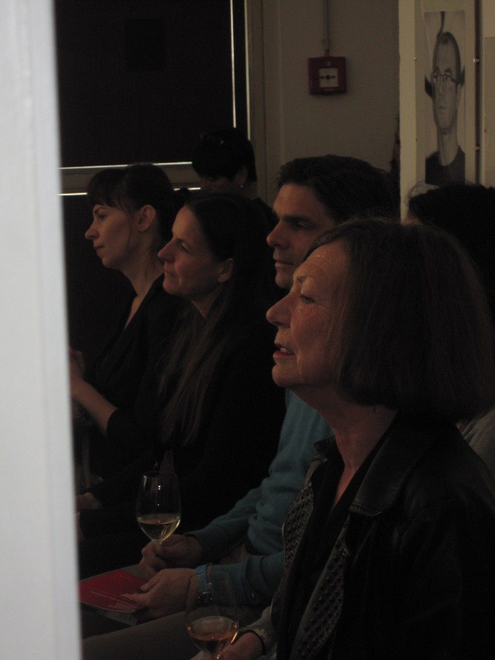 Interested audience and poet Rosa Pock (right)